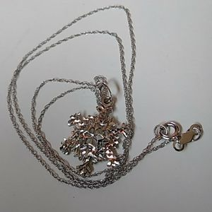 10k white gold snowflake diamond cut necklace